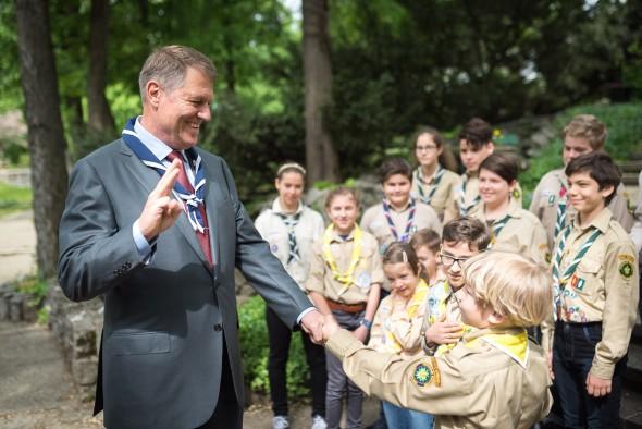 Primirea Presedintelui Comitetului Mondial al Organizatiei Mondiale a Miscarii Scout, domnul Joao Armando Goncalves, si reprezentantilor Organizatiei Nationale Cercetasii Romaniei 11